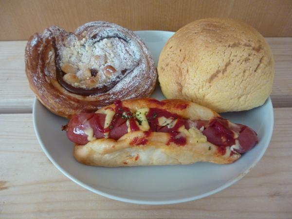 菓子パンと惣菜パン